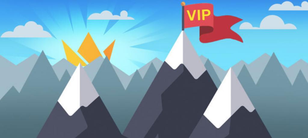 Frank casino VIP lippu liehuu vuoren huipulla ja kruunu nousee vuorien takaa